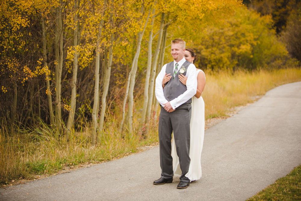 first-look-photos, bride-and-groom-first-look, fall-wedding-colorado, colorado-wedding-photographer, silverthorne-wedding-photos, silverthorne-pavillion, mountain-wedding-colorado