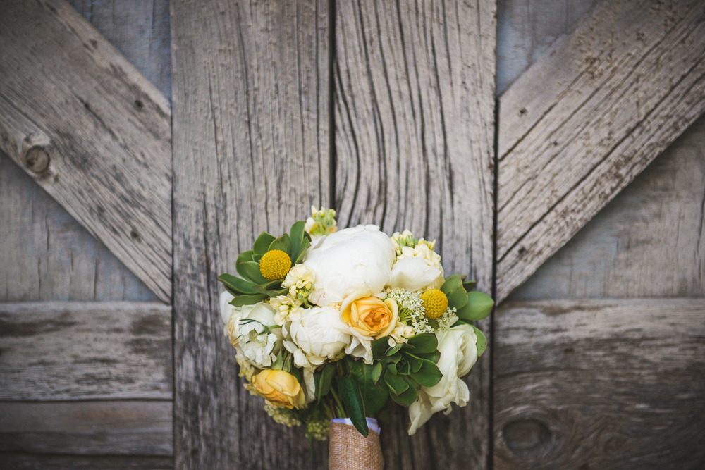 diamond-cross-ranch, colorado-wedding-photographer, denver-weddding-photography, wedding-photographs, wyoming-wedding, rustic-wedding, barn-wedding, rustic-barn-wedding, yellow-green-bouquet