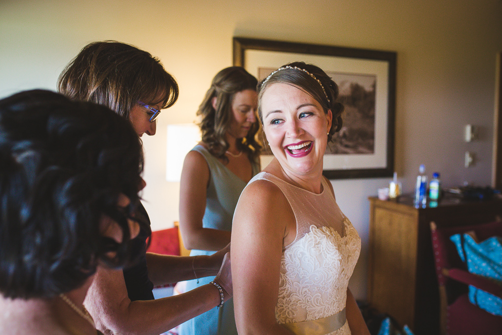colorado-wedding-photographer, denver-weddding-photography, wedding-photographs, wyoming-wedding, bride-getting-ready-photo