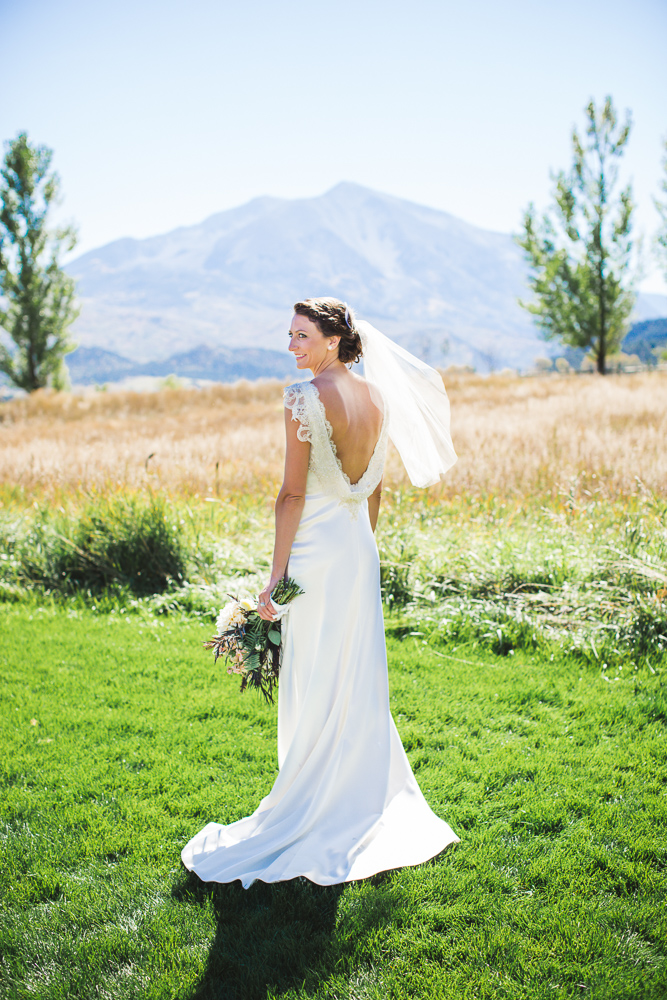 colorado-wedding-photographer, bridal-portrait, bride-in-sunshine, mountain-wedding, mountain-bride, denver-wedding-photography, beautiful-bride, roaring-fork-valley-wedding