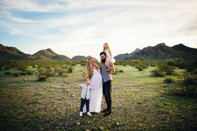 family photograph phoenix mountains sunset maternity photos